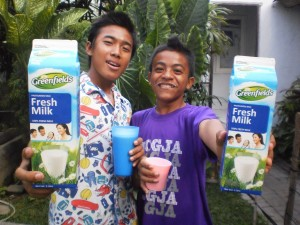 Milk & Kids 2